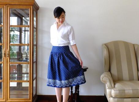 藍染めのスカート