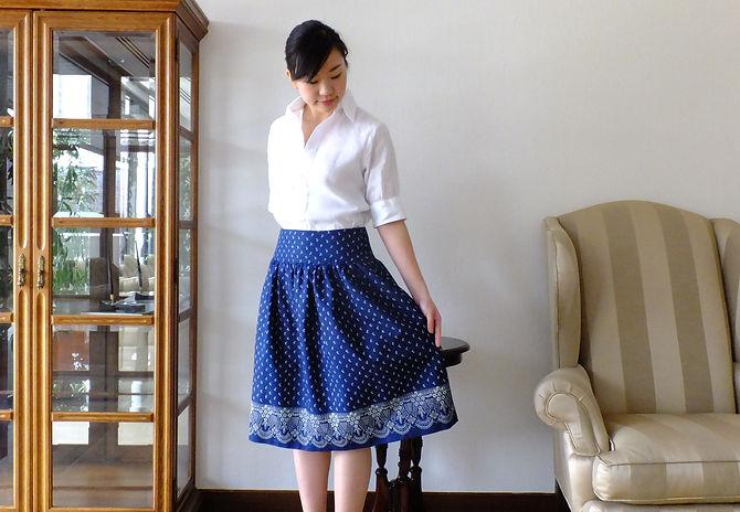 チェコの藍染めヴィオルカの藍染めスカート