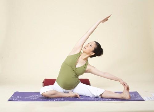 懷孕期間做運動?孕婦瑜伽9大好處講你知!