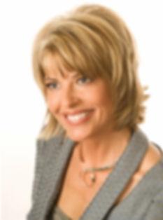 Lois Laynee