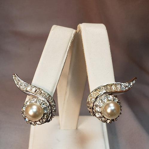 Boucher clip earrings