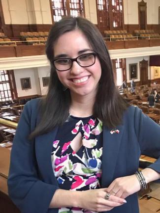 Amanda D. González - St. Edward's '18