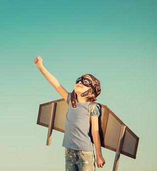 ילד עם כנפיים.jpg