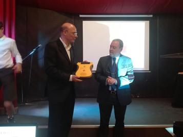 Presentati i risultati screening ECG allo Iunior International Institute e donazione defibrillatore