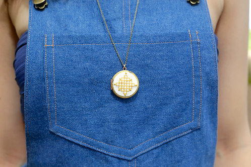WS Cross Your Heart Locket - Yellow Cubes