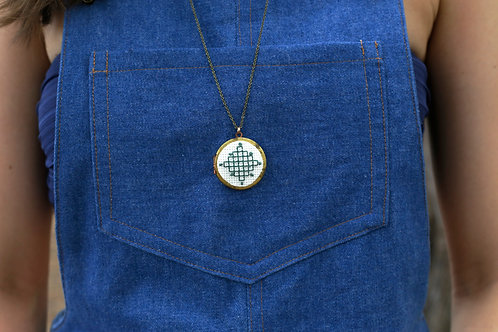 WS Cross Your Heart Locket - Teal Cubes