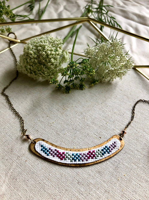 WS Cross Bridge Necklace - Berry Thyme