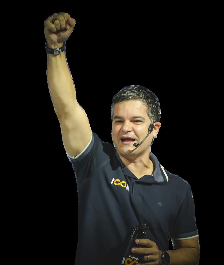 Max Santana