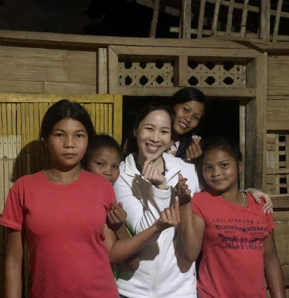 Larissa Joson, co-founder of The Dream Coffee with youths in Philippines