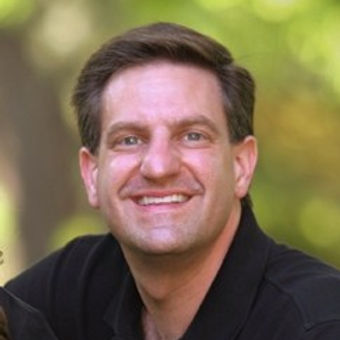 Brian Oscherwitz Headshot.jpg