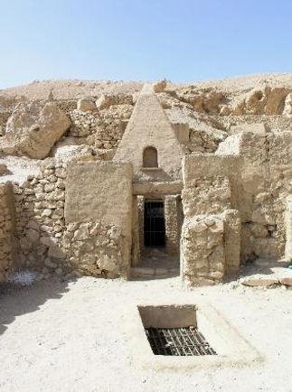 E56_Tomb_at_Deir_el-Medina-316x425.jpg