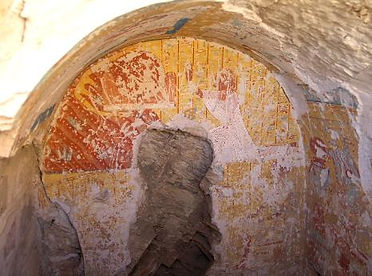 E60_Tomb_at_Deir_el-Medina-466x346.jpg
