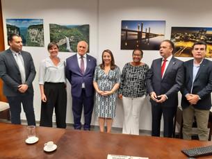 Em defesa dos royalties e novos investimentos em saneamento e infraestrutura, prefeita de Ilhabela p