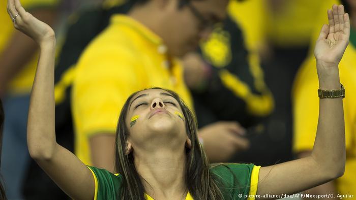 Segundo estudo, interesse dos brasileiros por futebol é instável