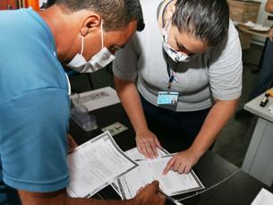 Prefeitura continua com entrega do título de regularização fundiária do Recanto Vanja, em Caraguá