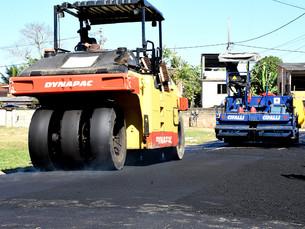 Ruas do bairro Nova Angra recebem recapeamento