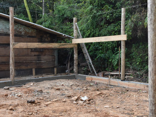 """Residência de primeiro morador beneficiado com o programa """"Casa Caiçara"""" já está em execução em Ilha"""