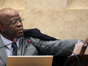Joaquim Barbosa anuncia que não será candidato a presidente