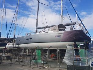 Caiçaras de Ilhabela reformam veleiro abalroado e o colocam como um dos favoritos ao título Brasilei