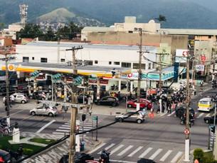 Postos de gasolina começam a ser reabastecidos em São Sebastião