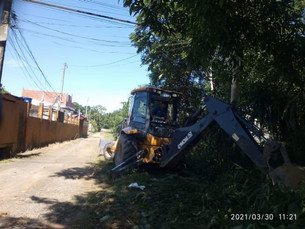 Prefeitura de São Sebastião intensifica limpeza nas ruas da cidade devido a danos das últimas chuvas