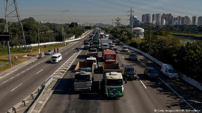 Brasil possui uma frota de cerca de 2 milhões de caminhões de carga