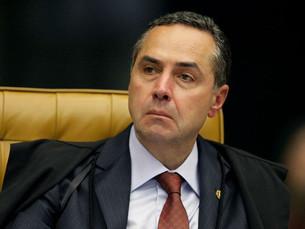 Barroso prorroga por mais 60 dias inquérito que apura se Temer favoreceu empresas portuárias em troc