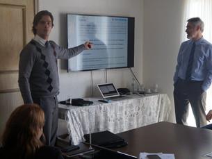 Prefeitura de Ilhabela apresenta aos vereadores projeto que cria plano de cargos e carreira a servid