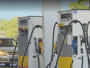 Abastecimento de combustível é normalizado, mas faltam produtos nos supermercados de Ubatuba