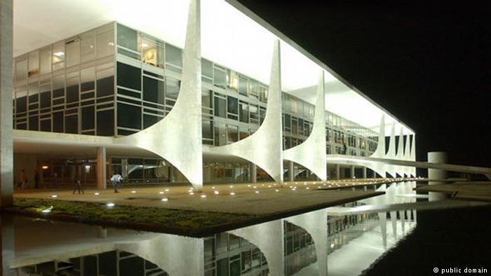 A apenas dois meses da eleição, ainda é impossível apontar favoritos ao Planalto
