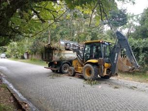 Ruas e espaços públicos de Boiçucanga e Cambury passam por manutenção realizada pela Prefeitura