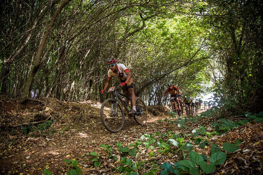Provas de MTB contam com 50 e 25 km - Foto: Fabio Piva/Brasil Ride