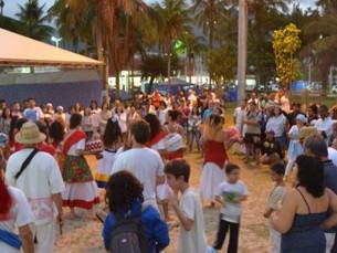 Mais de 6 mil pessoas prestigiam a 34ª Festa de Iemanjá em Caraguatatuba