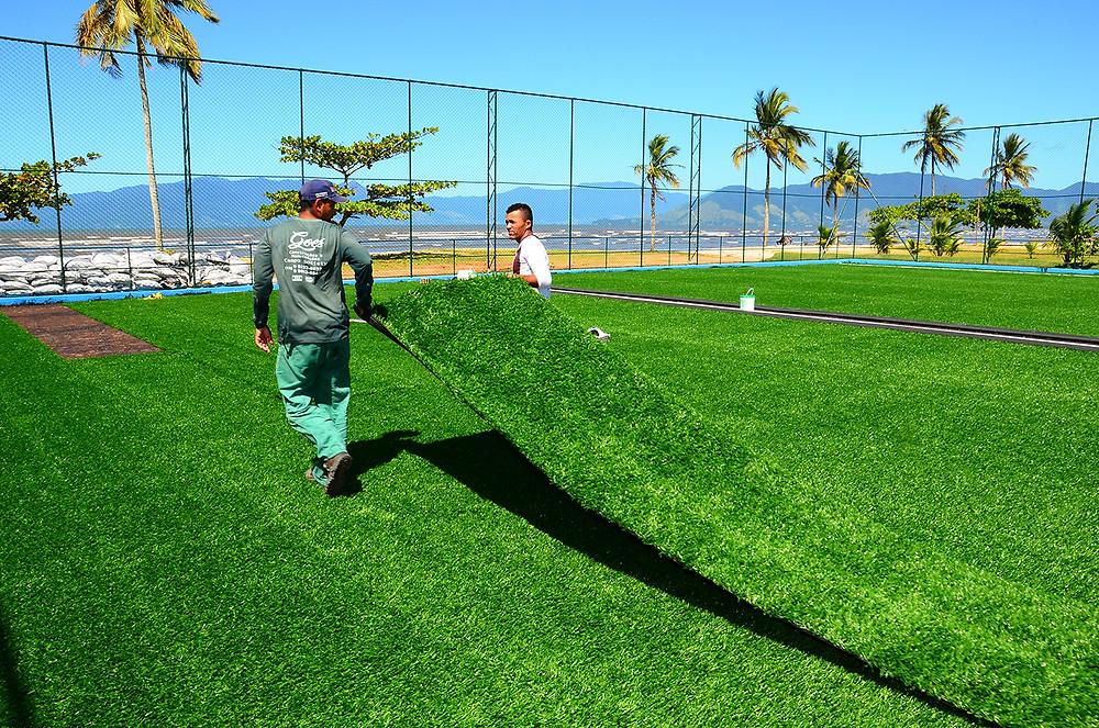 O campo society será inaugurado, na praia do centro - Foto: Cláudio Gomes/PMC