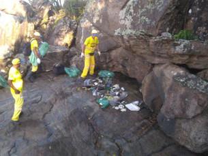 Prefeitura de Caraguá reestrutura equipes para reforço de limpeza em costeiras e praias