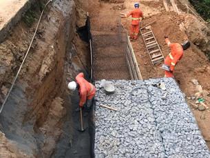 Obras de recuperação da Estrada da Ponta Leste são retomadas, em Angra dos Reis