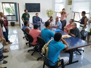 Prefeitura de Ubatuba recebe representantes dos pescadores para ouvir reivindicações