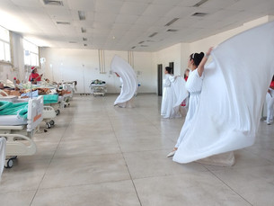Coral de Natal alegra pacientes do HMJ em Angra dos Reis