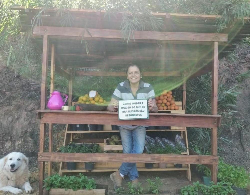 Aposentada de São José cria 'barraca da confiança' (Foto: Arquivo pessoal/ Denise Vilhena)