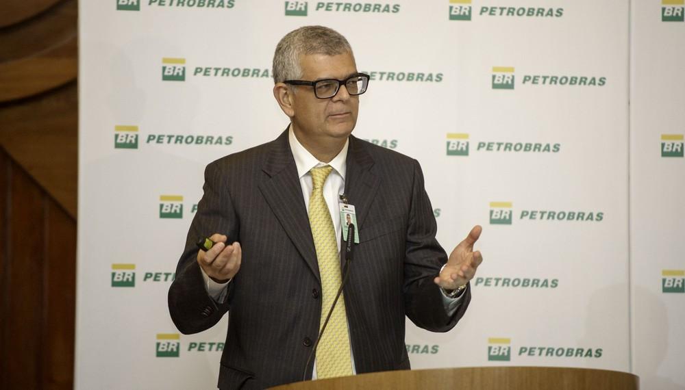 O diretor financeiro da Petrobras, Ivan Monteiro, ao apresentar resultados da empresa em maio de 2017 (Foto: André Ribeiro / Agência Petrobras)