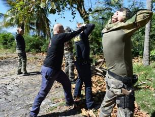 GCM de São Sebastião participa de treinamento prático com armas 'airsoft' durante Estágio de