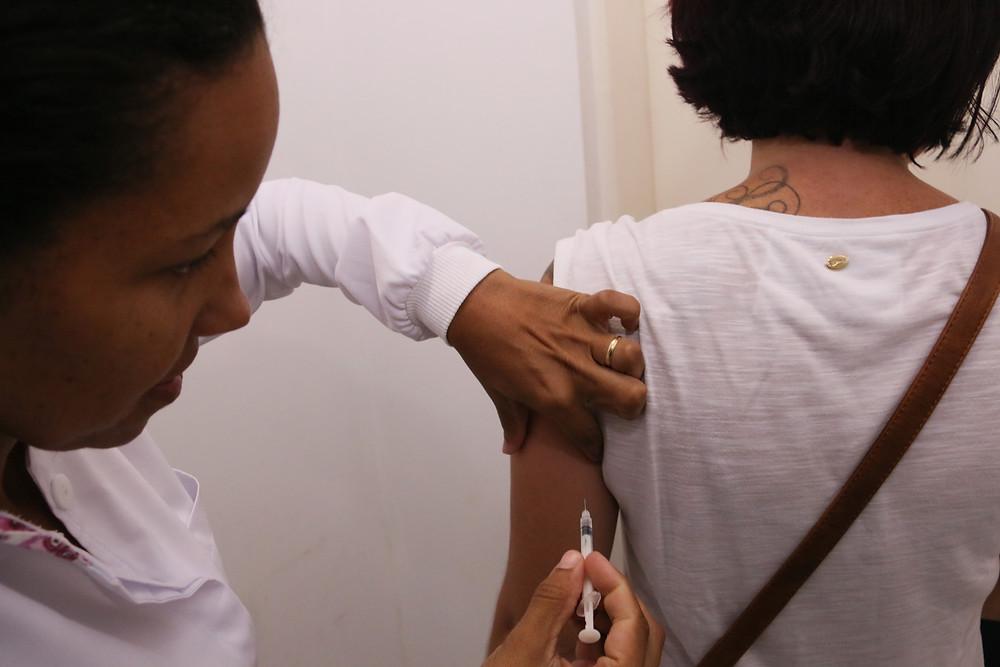Vacinação contra a febre amarela - Foto: Divulgação/PMC