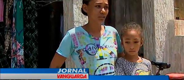 Moradores desalojados após chuvas voltam para as casas em São Sebastião