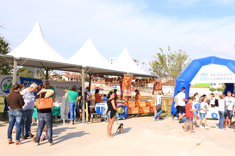 Pessoas prestigiando o evento - Foto: Divulgação/PMC
