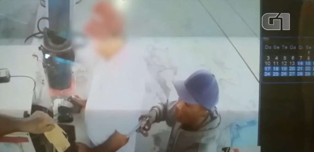 Homem assalta posto de combustível no litoral norte - Imagens: Polícia Civil