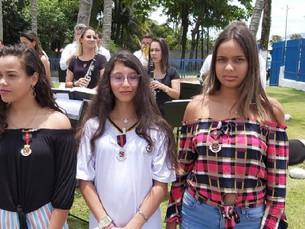 Alunas da rede municipal de São Sebastião participam de concurso de redação da Marinha do Brasil