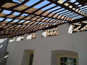 Telhado da Igreja de Freguesia de Santana é reconstruído