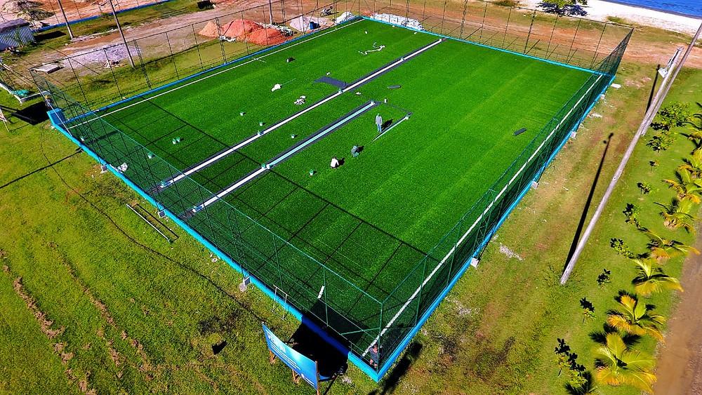 Imagem aérea do campo de futebol society do centro, da orla (Foto: Claudio Gomes/PMC)