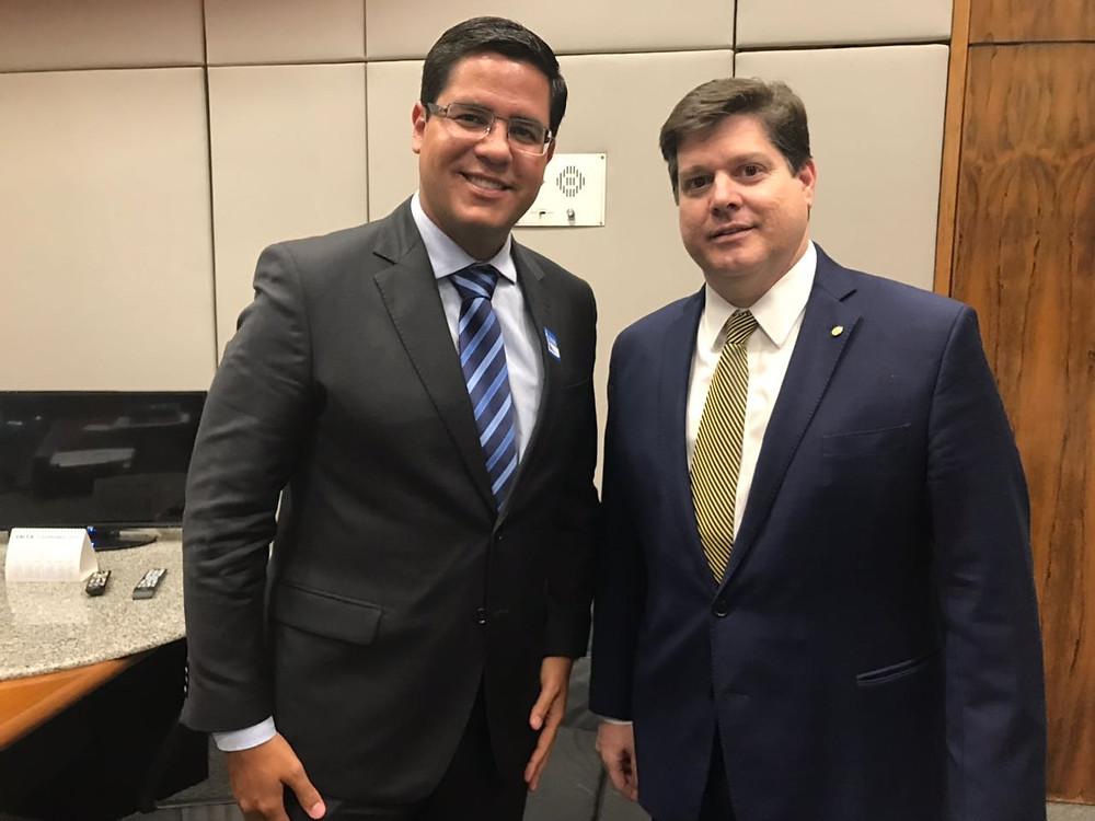 Aguillar Jr. em busca de recursos em Brasília