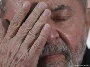 TRF-4 rejeita último recurso de Lula no tribunal